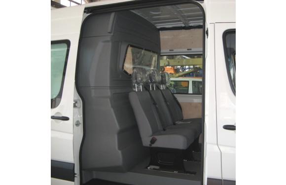 Trennwand ohne Fenster (C-Säule) für Mercedes-Benz Sprinter, Bj. 2006-2018, Normaldach, aus ABS-Kunststoff