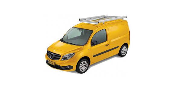 Dachgepäckträger auf einem Mercedes-Benz Citan