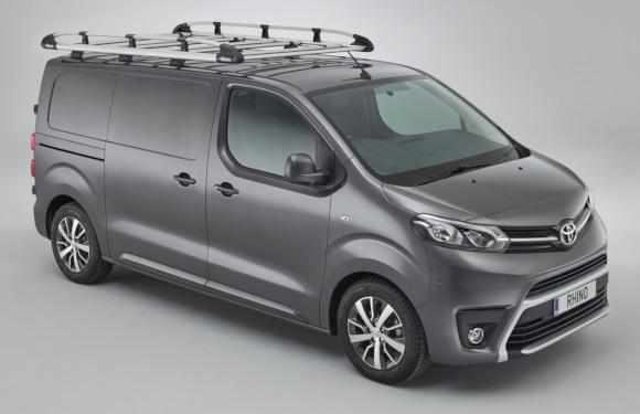 Dachgepäckträger aus Aluminium für Peugeot Expert von Rhino