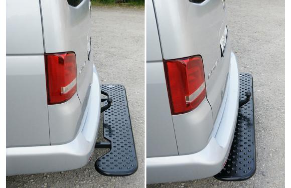 Ausziehbare Hecktrittstufe für Volkswagen T5, Bj. 2003-2015, Radstand alle, für Fahrzeuge mit werksseitiger, starrer Anhängerkupplung